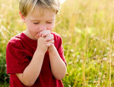 praying-boy